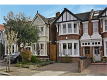 4 Bed House in West Ealing property L2L172-1409