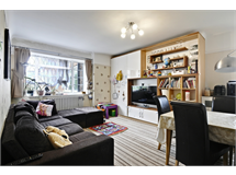 3 Bed Flats And Apartments in South Ealing property L2L172-1410