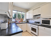 4 Bed House in West Twyford property L2L172-1424