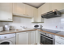 2 Bed Flats And Apartments in Turnham Green property L2L172-1419