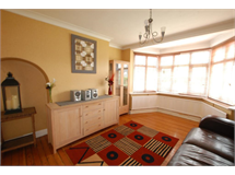 4 Bed House in Copse Hill property L2L183-731