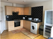 2 Bed Flats And Apartments in Bethnal Green property L2L184-1456
