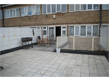 4 Bed Flats And Apartments in Bethnal Green property L2L184-1564