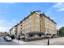 3 Bed Flats And Apartments in Bethnal Green property L2L184-2143
