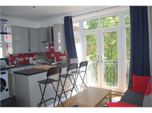 3 Bed Flats And Apartments in Hoxton property L2L184-3209