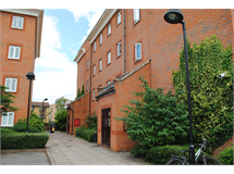 2 Bed Flats And Apartments in Haggerston property L2L184-3234