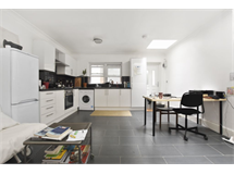 1 Bed Flats And Apartments in London Fields property L2L184-3313