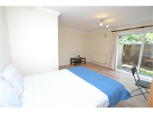 4 Bed Flats And Apartments in Mile End property L2L186-241
