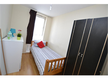 1 Bed Flats And Apartments in South Bromley property L2L186-315