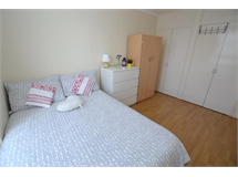 1 Bed Flatshare in South Bromley property L2L186-375
