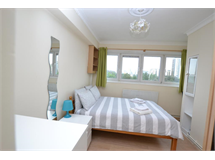 3 Bed Flats And Apartments in Mile End property L2L186-294
