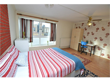 1 Bed Flats And Apartments in Mile End property L2L186-402