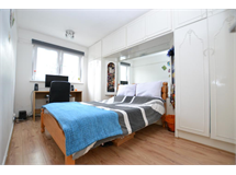 4 Bed Flats And Apartments in Bethnal Green property L2L186-667