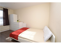 3 Bed Flats And Apartments in Bethnal Green property L2L186-434