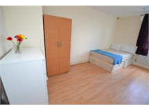 1 Bed Flats And Apartments in Rotherhithe property L2L186-465