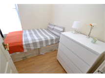 1 Bed Flats And Apartments in Bow property L2L186-571
