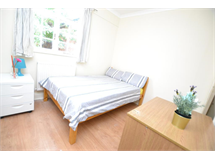 1 Bed House in Stepney property L2L186-590