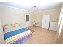 4 Bed Flats And Apartments in Mile End property L2L186-647