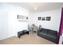 1 Bed Flats And Apartments in Bethnal Green property L2L186-654