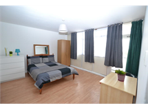 3 Bed Flats And Apartments in Bromley By Bow property L2L186-1361