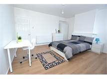1 Bed Flats And Apartments in Bromley By Bow property L2L186-698