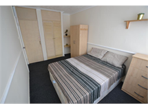 1 Bed Flats And Apartments in South Bromley property L2L186-798