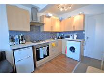 1 Bed Flats And Apartments in Clapham Common property L2L197-265