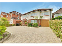 6 Bed House in Hadley Wood property L2L199-201