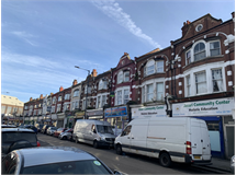 3 Bed Flats And Apartments in Willesden property L2L200-1055