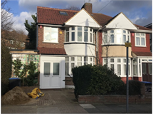 5 Bed House in Queensbury property L2L200-608