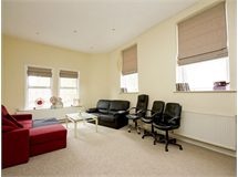 4 Bed Flats And Apartments in Ravenscourt Park property L2L206-813