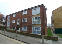 2 Bed Flats And Apartments in Sidcup property L2L2075-1115