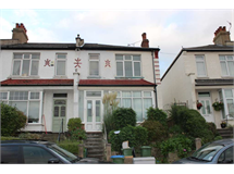3 Bed House in Abbey Wood property L2L224-264