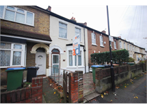 5 Bed House in Leytonstone property L2L225-290
