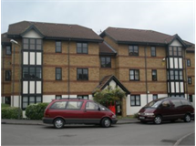 2 Bed Flats And Apartments in Cricklewood property L2L230-119