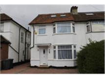 4 Bed House in Edgware property L2L230-102