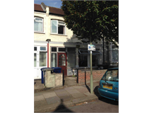 4 Bed House in Brent Cross property L2L230-335