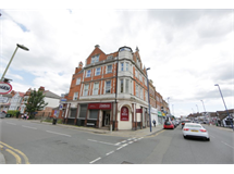 1 Bed Flats And Apartments in Edgware property L2L230-299