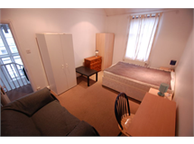 3 Bed Flats And Apartments in Finchley Church End property L2L231-228
