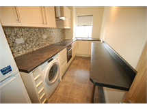 4 Bed Flats And Apartments in Brent Cross property L2L231-338