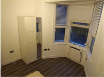 2 Bed Flats And Apartments in Belsize Park property L2L238-421