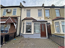 3 Bed House in Ilford property L2L2402-1153