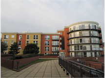 1 Bed Flats And Apartments in Newbury Park property L2L2402-1150