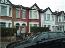 3 Bed House in Wealdstone property L2L2445-353