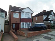 4 Bed House in Headstone property L2L2445-322