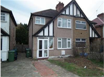 3 Bed House in Harrow Weald property L2L2445-346