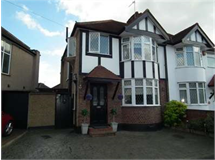 3 Bed House in Harrow Weald property L2L2445-347