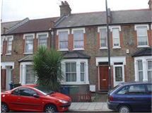 3 Bed House in Wealdstone property L2L2445-412
