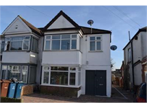 2 Bed Flats And Apartments in Harrow Weald property L2L2445-420