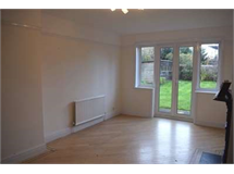 4 Bed House in Harrow Weald property L2L2445-368